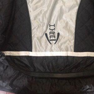 Hyra Jackets & Coats - NWT HYRA ski jacket with detachable hood.